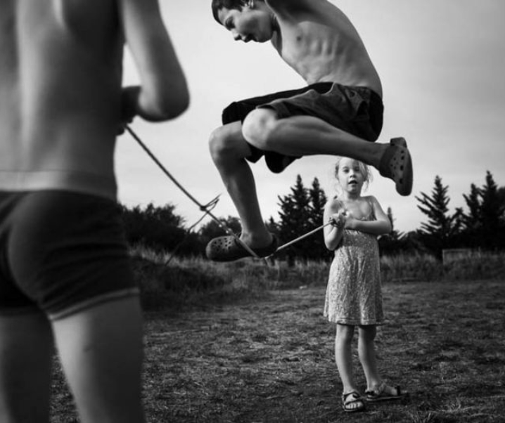 "Otroštvo ""unplugged"" – fotografije Niki Boon"