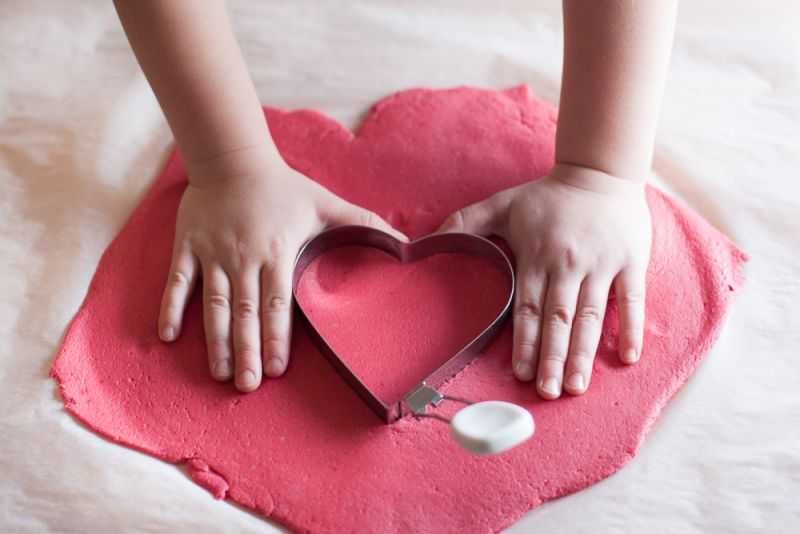 Izdelaj Valentinovo darilo iz slanega testa
