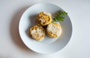 Recept polenta s pršutom in sirom
