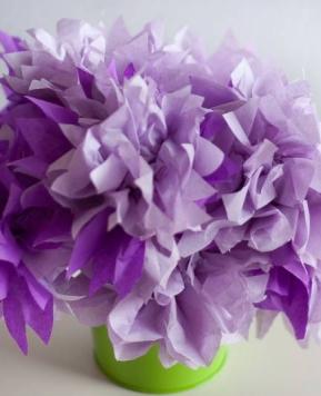 Pričarajte pomlad v vašem domu s svilenimi rožami (DIY)