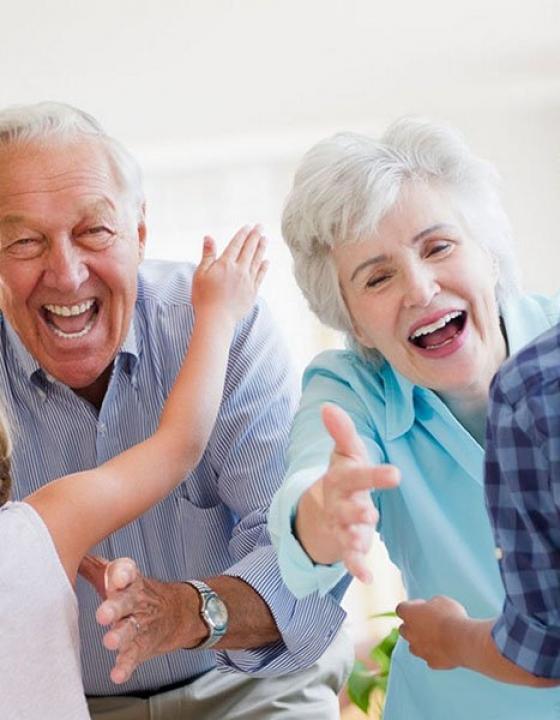 Zakaj so stari starši pomembni v otrokovem življenju?