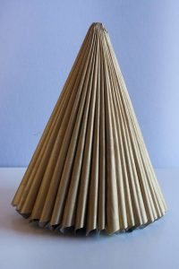 Mini eko smrekica iz papirja