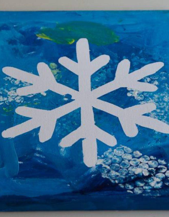 Zimsko ustvarjanje – snežinke na platnu