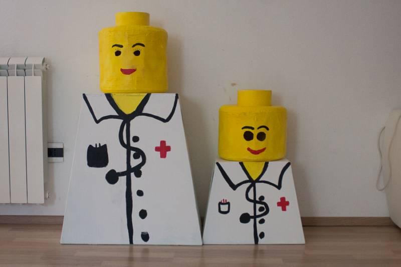 Pustni kostum lego zdravnik