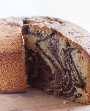 Recept za najboljši domači marmorni kolač – enostavno pecivo