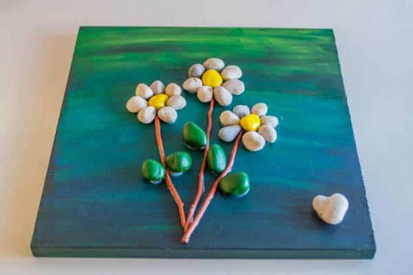 Poletno ustvarjanje s kamenčki