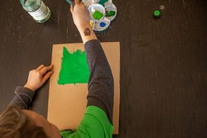 Otroško ustvarjanje za dan žena