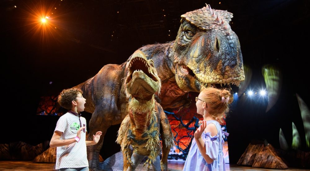 Predstava Walking with dinosaurs