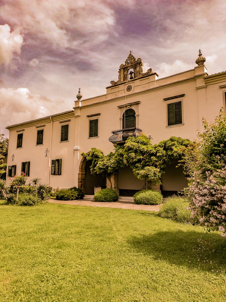 Benediktinski samostan v kampu Adria