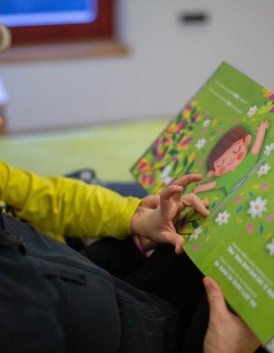 Kako otrokom približati tuje jezike